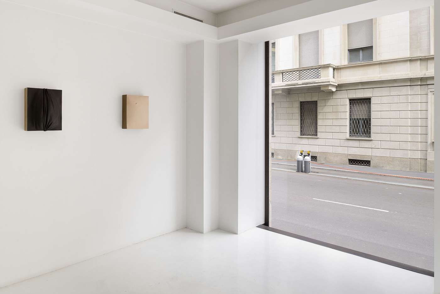 T293 - T293-in-residence at Via Gabba 1, Milano - 1