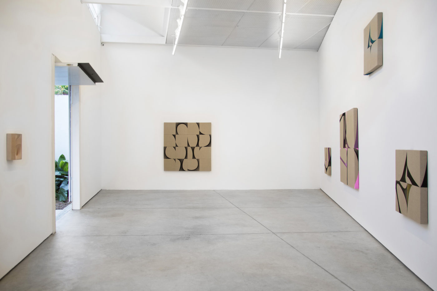 T293 - t twoninethree in-residence at Luciana Brito Galeria - 1